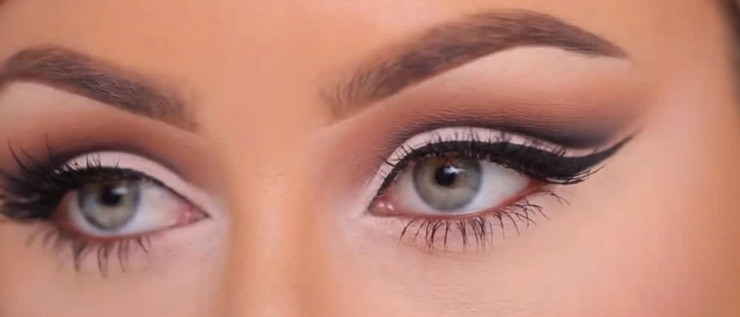 cut crease eye look